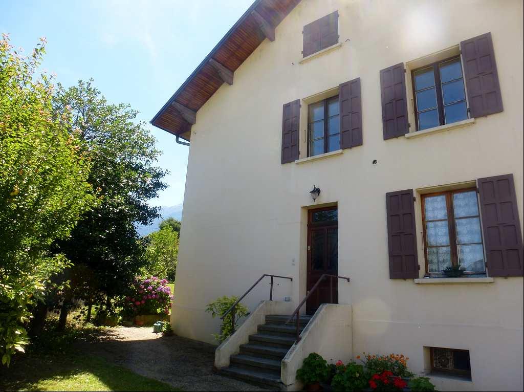 location appartement 4 pièces LA ROCHETTE 73110