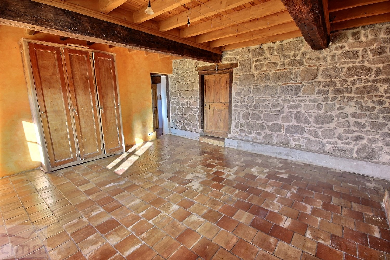 location maison/villa 3 pièces SAINT MARTIN LESTRA 42110