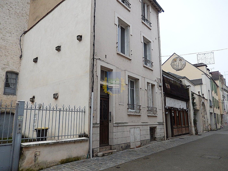 location appartement 1 pièces MONTARGIS 45200