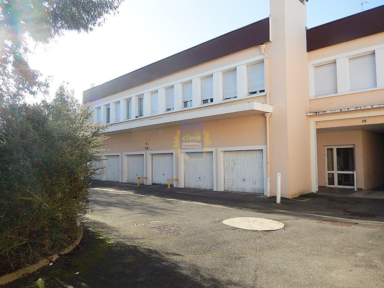 location appartement 1 pièces CHALETTE SUR LOING 45120