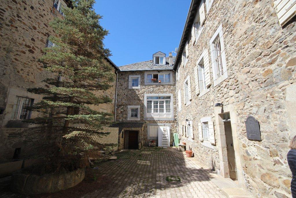 vente maison/villa 25 pièces MONT LOUIS 66210