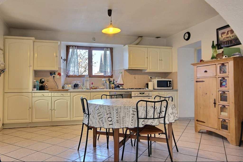 location maison/villa 5 pièces SAINT PIERRE EN FAUCIGNY 74800