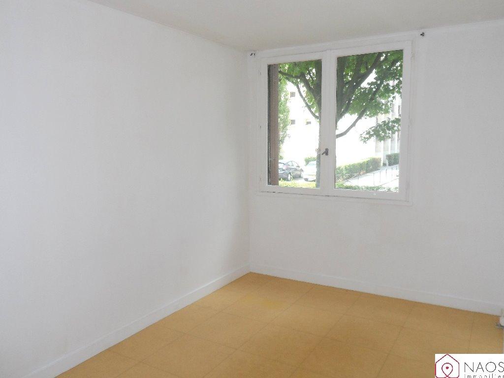 location appartement 1 pièces MEUDON LA FORET 92360