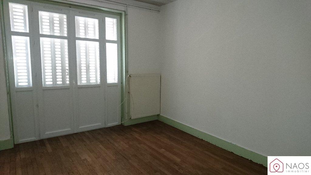 vente appartement 3 pièces TOURNUS 71700