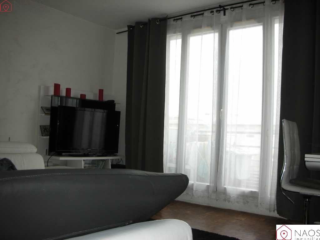 vente appartement 3 pièces NOISY LE GRAND 93160