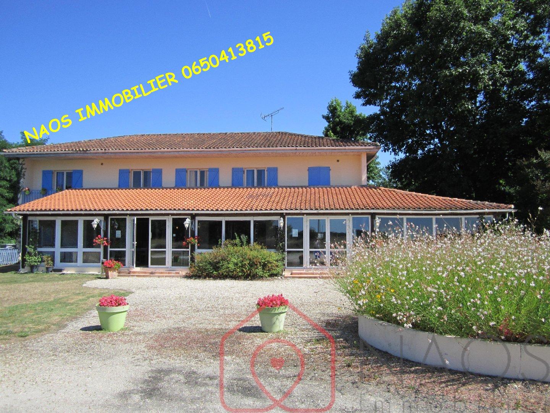 vente maison/villa 20 pièces ARSAC 33460