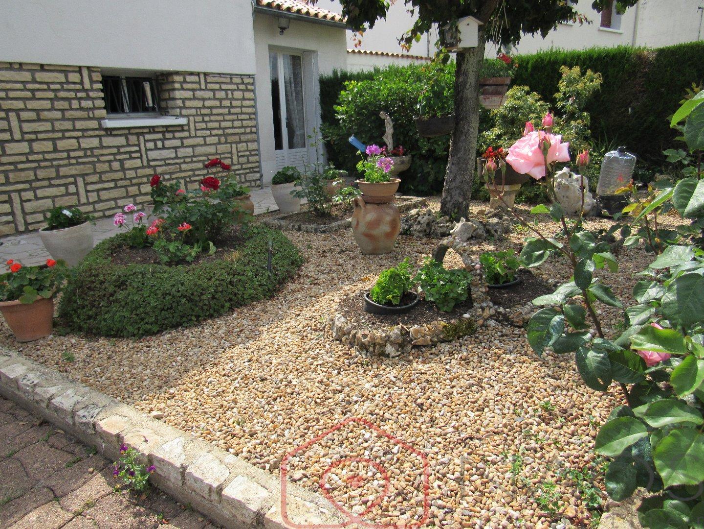 vente maison/villa 5 pièces LEZAY 79120