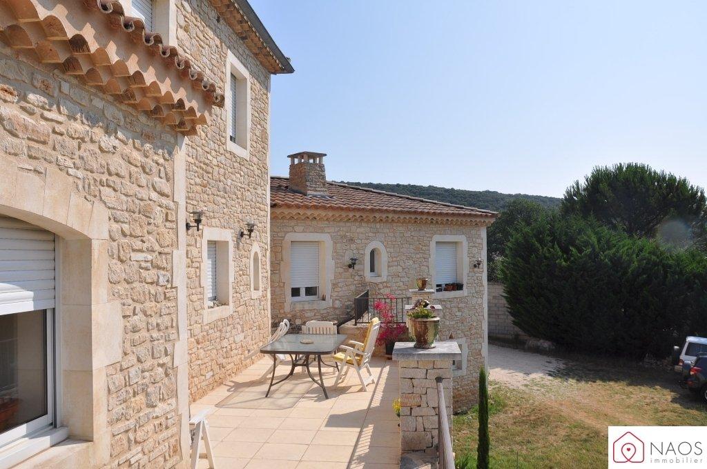 vente maison/villa 7 pièces LAVAL SAINT ROMAN 30760