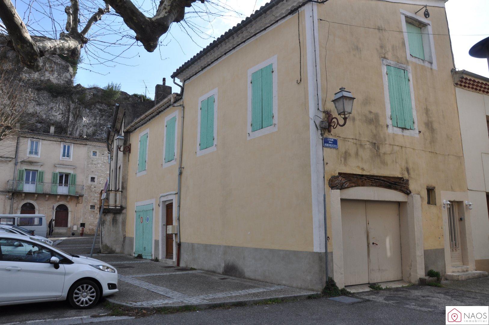 vente maison/villa 6 pièces VIVIERS 07220