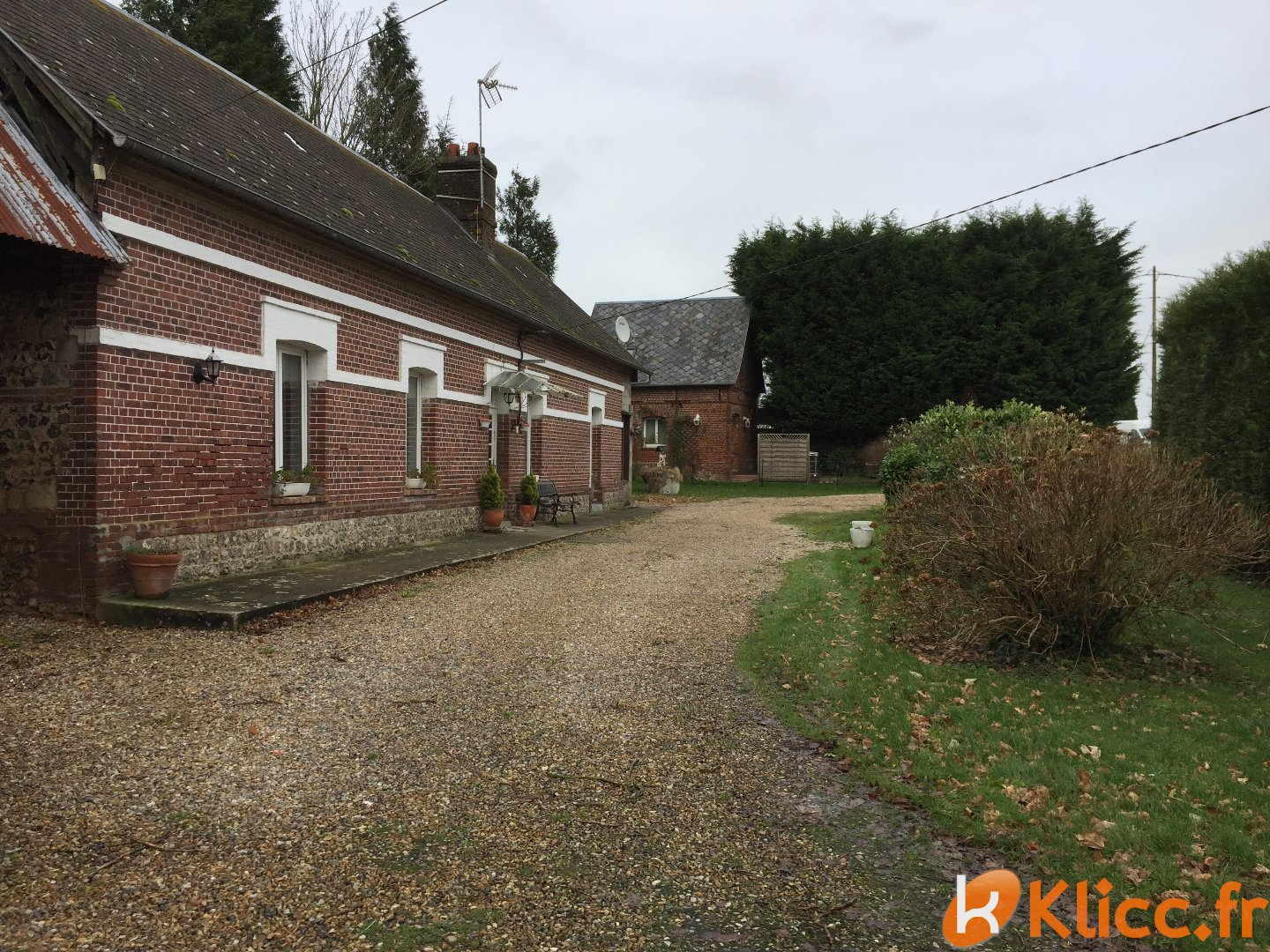 Klicc immobilier agence immobili re valmont 76540 for Agent immobilier annonce