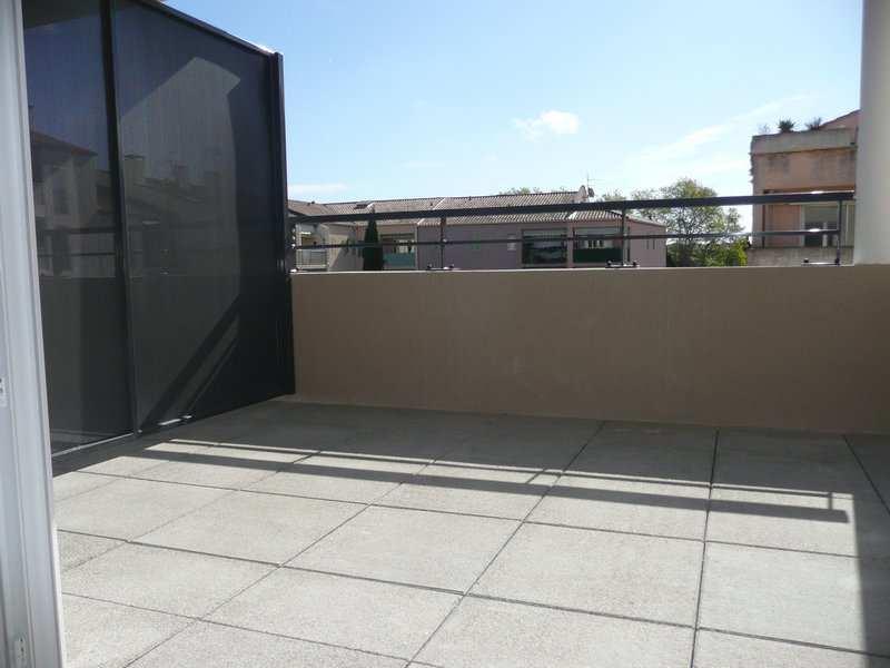 location appartement 3 pièces SIX FOURS LES PLAGES 83140
