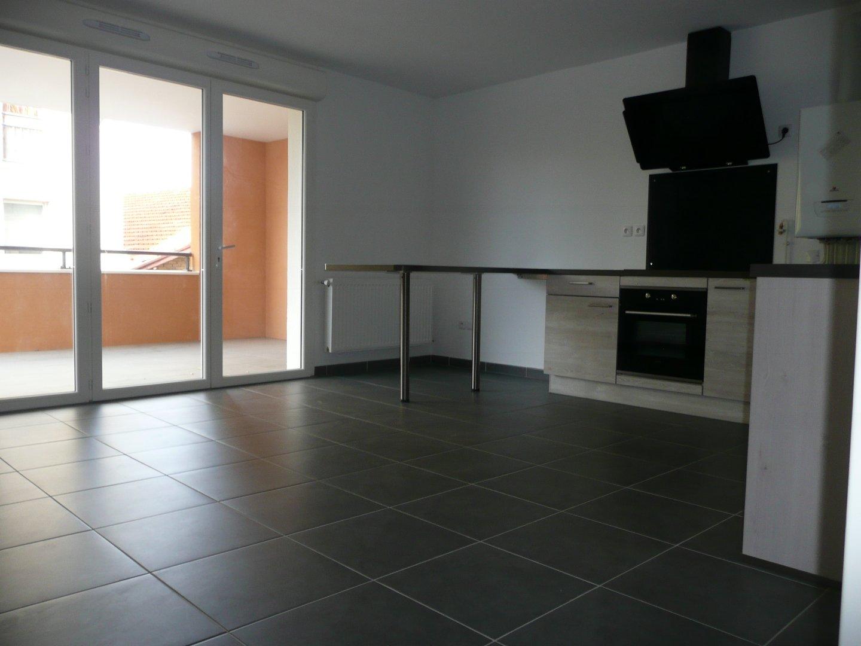 location appartement 3 pièces LA SEYNE SUR MER 83500