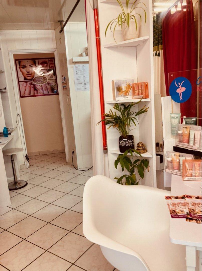Institut de beauté - Esthétique - Salon de Coiffure Esthétique Parfumerie