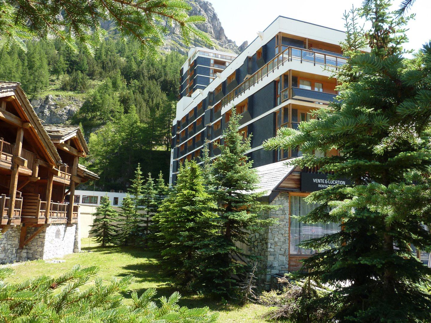 730126920 Accommodation in Val d'Isere