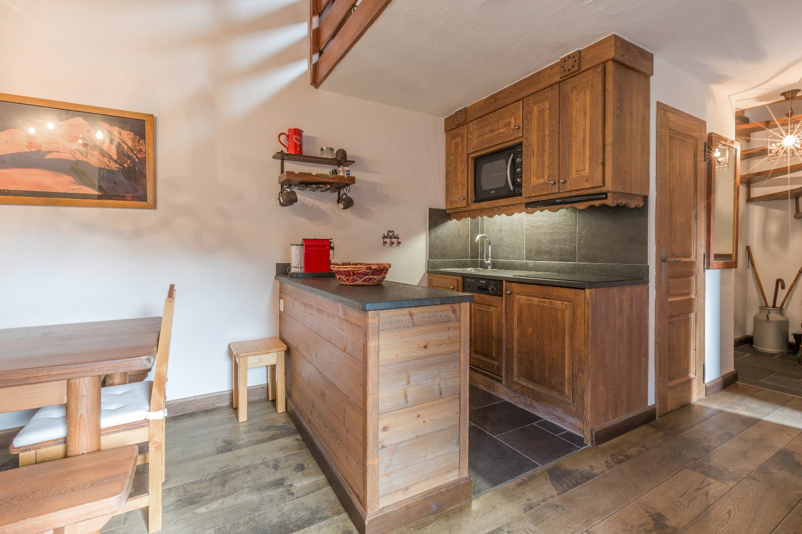 Charm and authenticity for this duplex on the edge of the slopes Accommodation in Meribel
